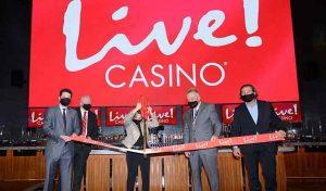 Live!-Casino-ribbon-cutting
